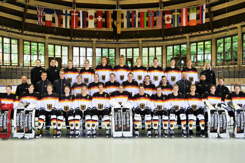 https://www.sporthilfe.de/fileadmin/images/athletenfoerderung/Foerderbeispiele/Eishockey/img_team_Frauen_Eishockey_960px.jpg